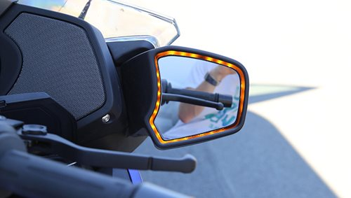 Realbild_Blind-Spot-Detection-749x424.jpg
